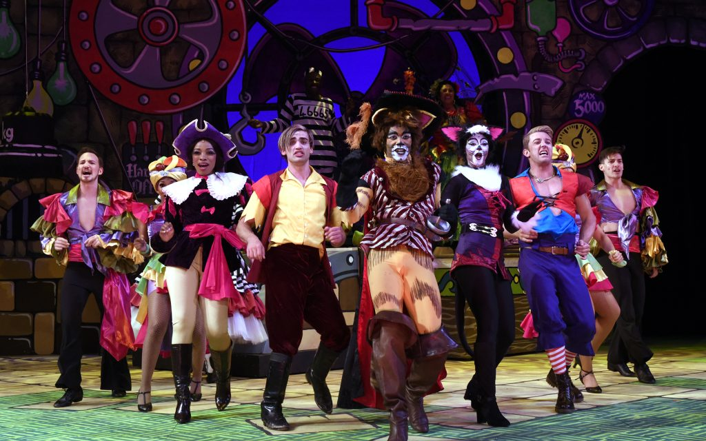 {{{REVIEW}}} Puss in Boots The Pantomime