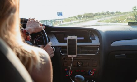ESSENTIAL MOTORING ACCESSORIES YOU NEED FOR YOUR NEXT ROAD TRIP